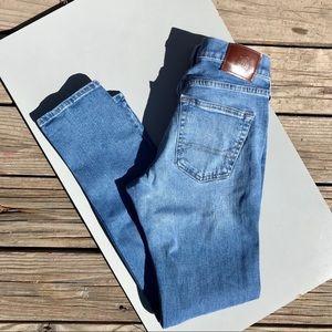 Hollister Epic Flex Skinny Distressed Jeans   *E14